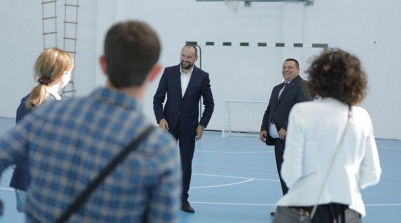 Вицепремиерот Битиќи во посета на Крушево