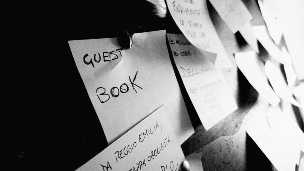 guest post sticky note - WebPlover
