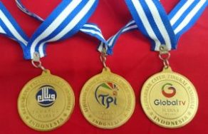 bikin medali murah