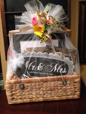 ten thoughtful wedding gift ideas for newly weds