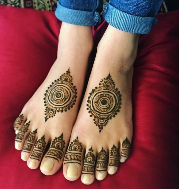 8.Round Leg Henna