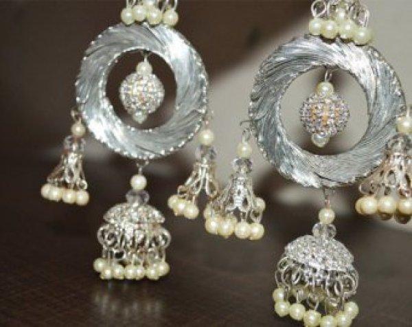 31.Silver Tassels