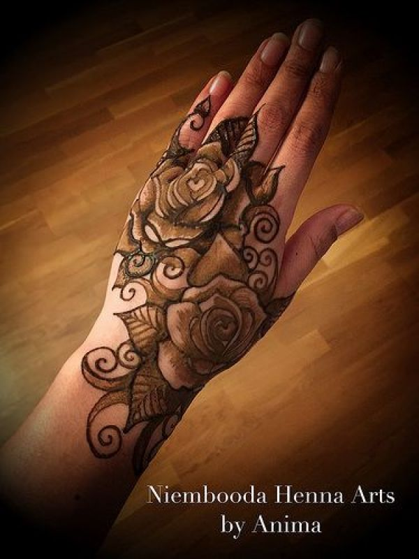 38.Rose Mehndi design #38