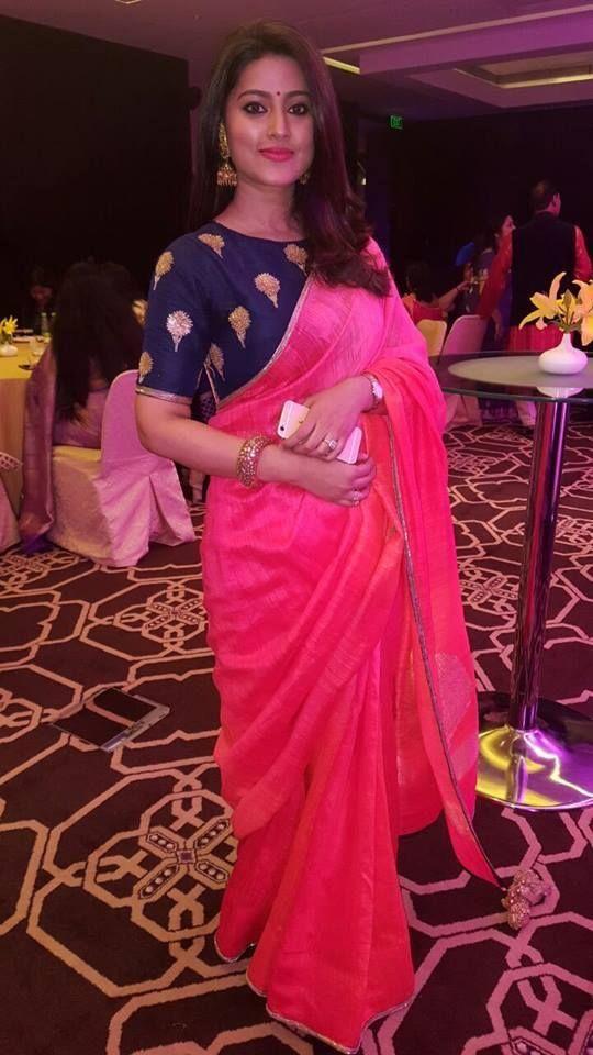 Plain Pink Saree With Royal Blue Blouse Photo Gallery Wedandbeyond Com