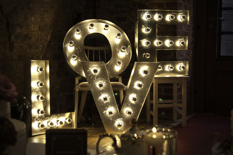 love_light_letters_verleih