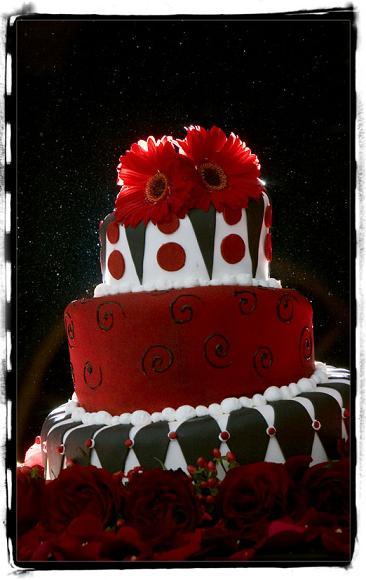 Festive Christmas Wedding Cakes And Christmas Cake