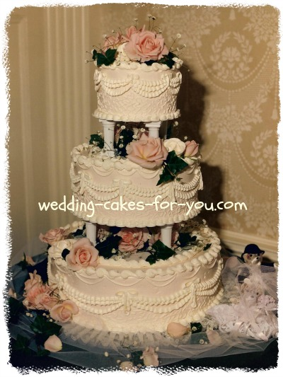 Wedding Cake Frosting And Cake Frosting Recipes victorian wedding cake with old fashioned roses