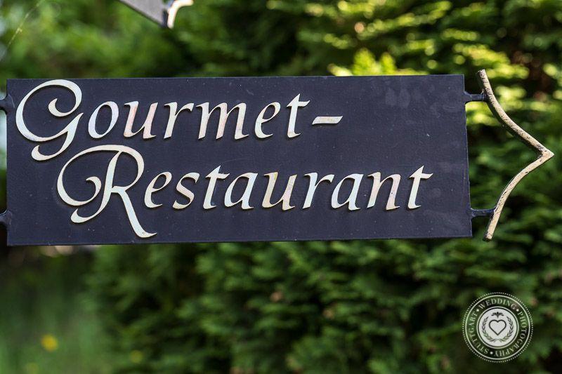 Gourmetrestaurant-Hochzeitsfotograf-Stuttgart-Andreas-Martin-Wedding-Photography-Stuttgart-Burg-Staufeneck (8 von 10)