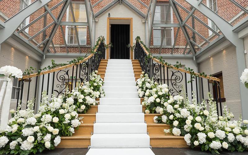 Country House Wedding Venue In Surrey Botleys Mansion Chwv
