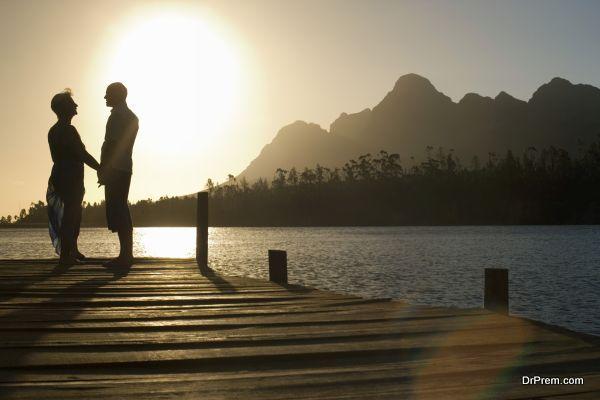 exotic-lakeside-honeymoon-3