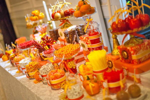 How To Set The Wedding Candy Buffet WeddingElation
