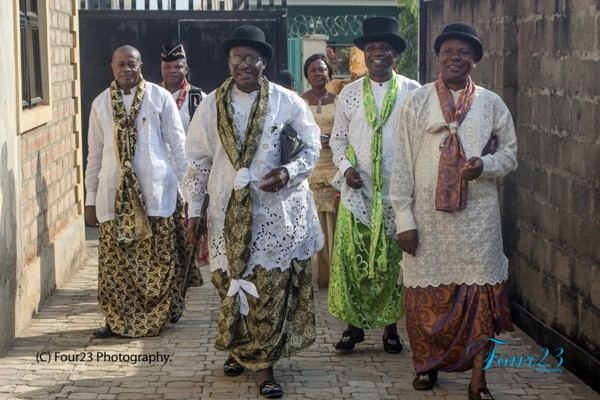 efik male attire