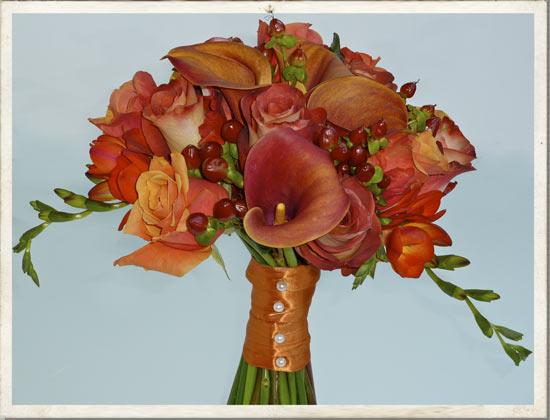 Autumn Wedding Flowers Have Such Good Rich Colours
