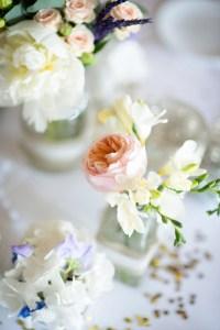 Romantic Wedding in peach and blue in Atzaro