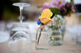 pretty-table-flowers