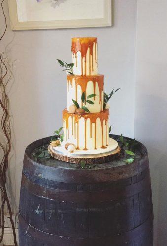 42 Yummy And Trendy Drip Wedding Cakes Wedding Forward