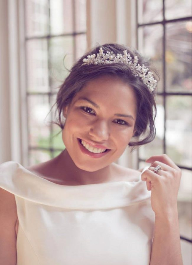 Wedding Hair Accessories: Your Guide to Bridal Hair Accessory Ideas bridal tiaras