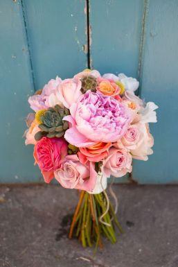50 dos melhores buquês de casamento para noivas e empregadas domésticas © 50 dos melhores buquês de casamento para noivas e empregadas domésticas © sarahleggephotography.co.uk