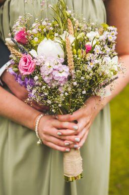 50 dos melhores buquês de casamento para noivas e empregadas domésticas © chrisbarberphotography.co.uk