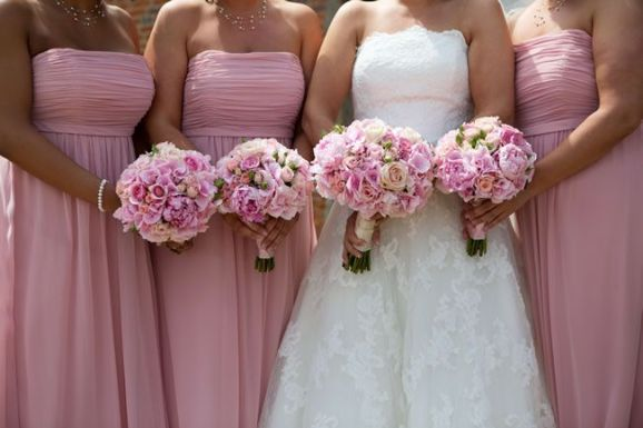 50 dos melhores buquês de casamento para noivas e empregadas © lilyandfrank.co.uk
