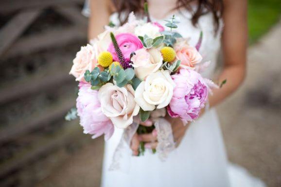 50 dos melhores buquês de casamento para noivas e empregadas © navyblur.co.uk