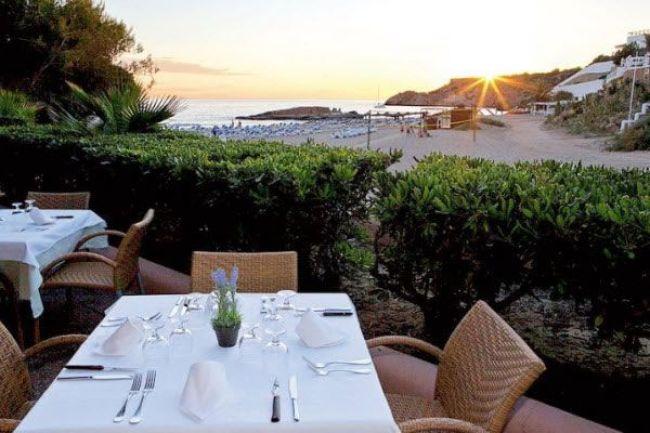 best-destination-wedding-locations-weddings-abroad-ibiza-wedding-Sensatori-Ibiza