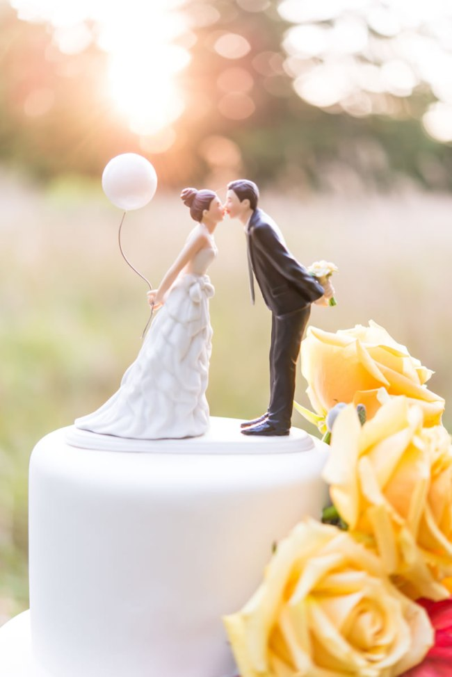 Cake Topper - Wedding Cake Tiers, Sizes and Servings: Everything You Need to Know