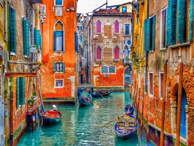 Last Minute Most Desirable Destinations for Valentine's Day! Venice