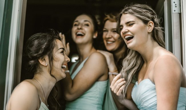 bridesmaids-hairstyles guide