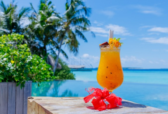 """the-passion-cocktail-recipe-maldives """"width ="""" 800 """"top ="""" 544 """"srcset ="""" https://www.weddingideasmag.com/wp-content/uploads/2020/04/the-passion-cocktail-recipe -maldives.jpg 800w, https://www.weddingideasmag.com/wp-content/uploads/2020/04/the-passion-cocktail-recipe-maldives-300x204.jpg 300w, https://www.weddingideasmag.com /wp-content/uploads/2020/04/the-passion-cocktail-recipe-maldives-650x442.jpg 650w, https://www.weddingideasmag.com/wp-content/uploads/2020/04/the-passion- cocktail-recipe-maldives-768x522.jpg 768w """"sizes ="""" (max-width: 800px) 100vw, 800px """"/> <figcaption id="""