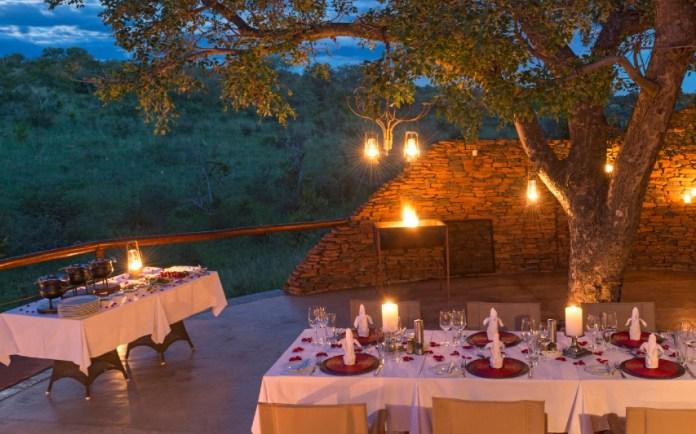 "dinner-at-clubhouse-safari-honeymoon ""width ="" 853 ""top ="" 533 ""srcset ="" https://www.weddingideasmag.com/wp-content/uploads/2020/05/dinner-at-clubhouse-safari -honeymoon.jpg 853w, https://www.weddingideasmag.com/wp-content/uploads/2020/05/dinner-at-clubhouse-safari-honeymoon-300x187.jpg 300w, https://www.weddingideasmag.com /wp-content/uploads/2020/05/dinner-at-clubhouse-safari-honeymoon-650x406.jpg 650w, https://www.weddingideasmag.com/wp-content/uploads/2020/05/dinner-at- clubhouse-safari-honeymoon-768x480.jpg 768w ""sizes ="" (max-width: 853px) 100vw, 853px ""/> <figcaption id="