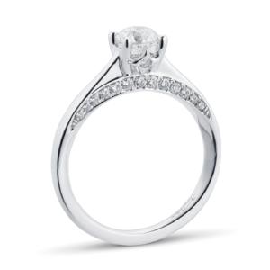 jenny-packham-goldsmiths-hidden-gallery-detailing-engagement-ring-trends