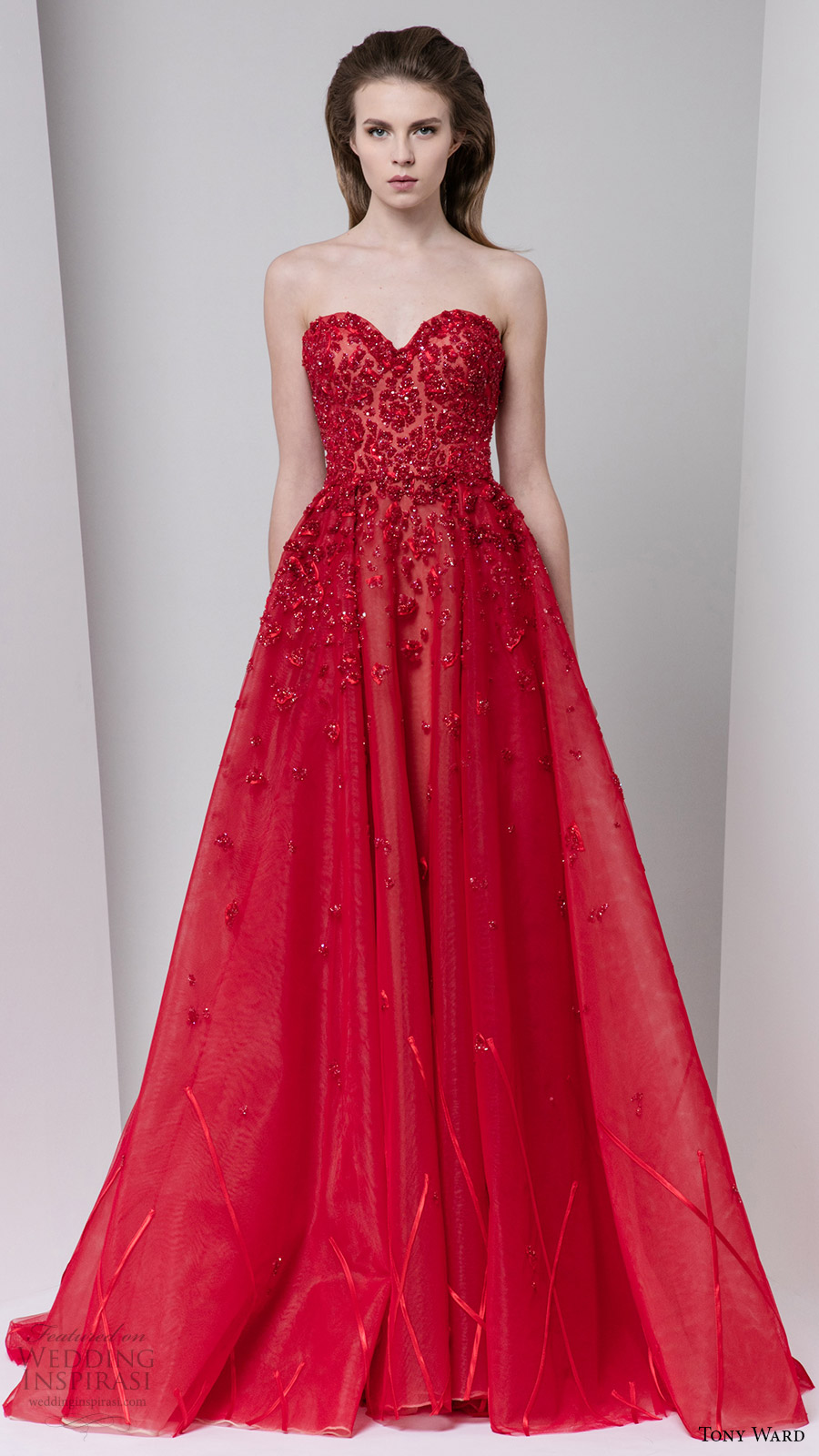tony ward fall 2016 rtw strapless sweetheart a line red evening gown embellished bodice couture bridal inspiration