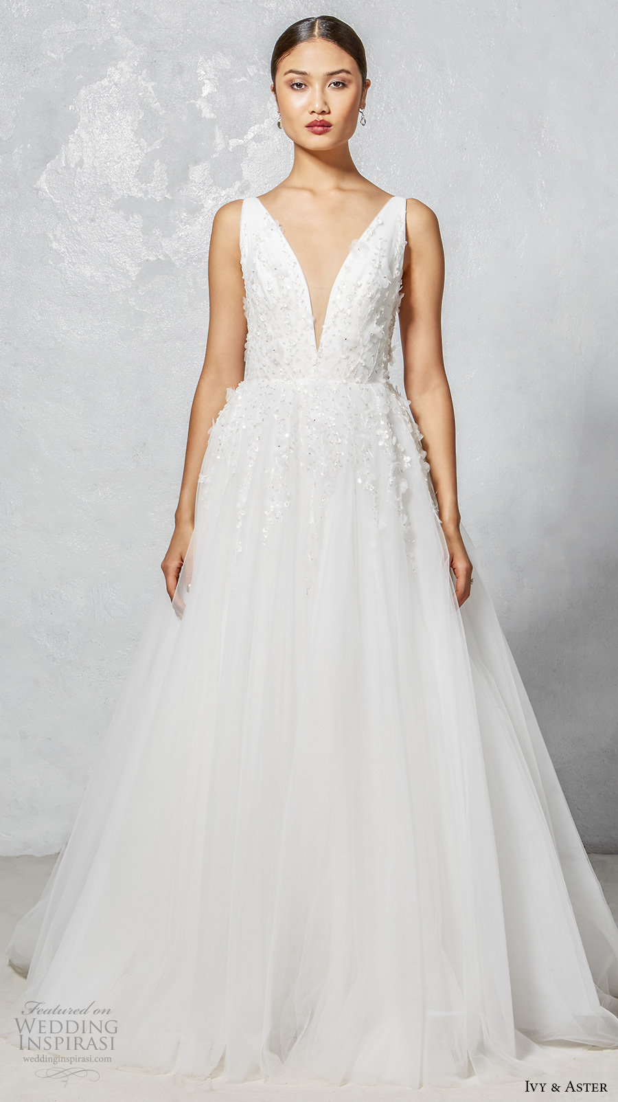 Fall Wedding Outfits 2017