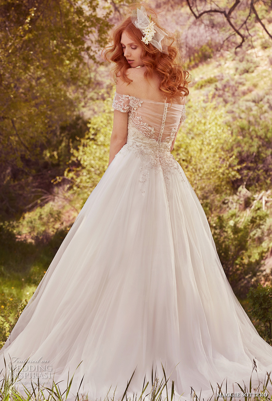 Embellished Sweetheart Soft And Dress Tulle And Fit Neckline Line Wedding Lace Flare