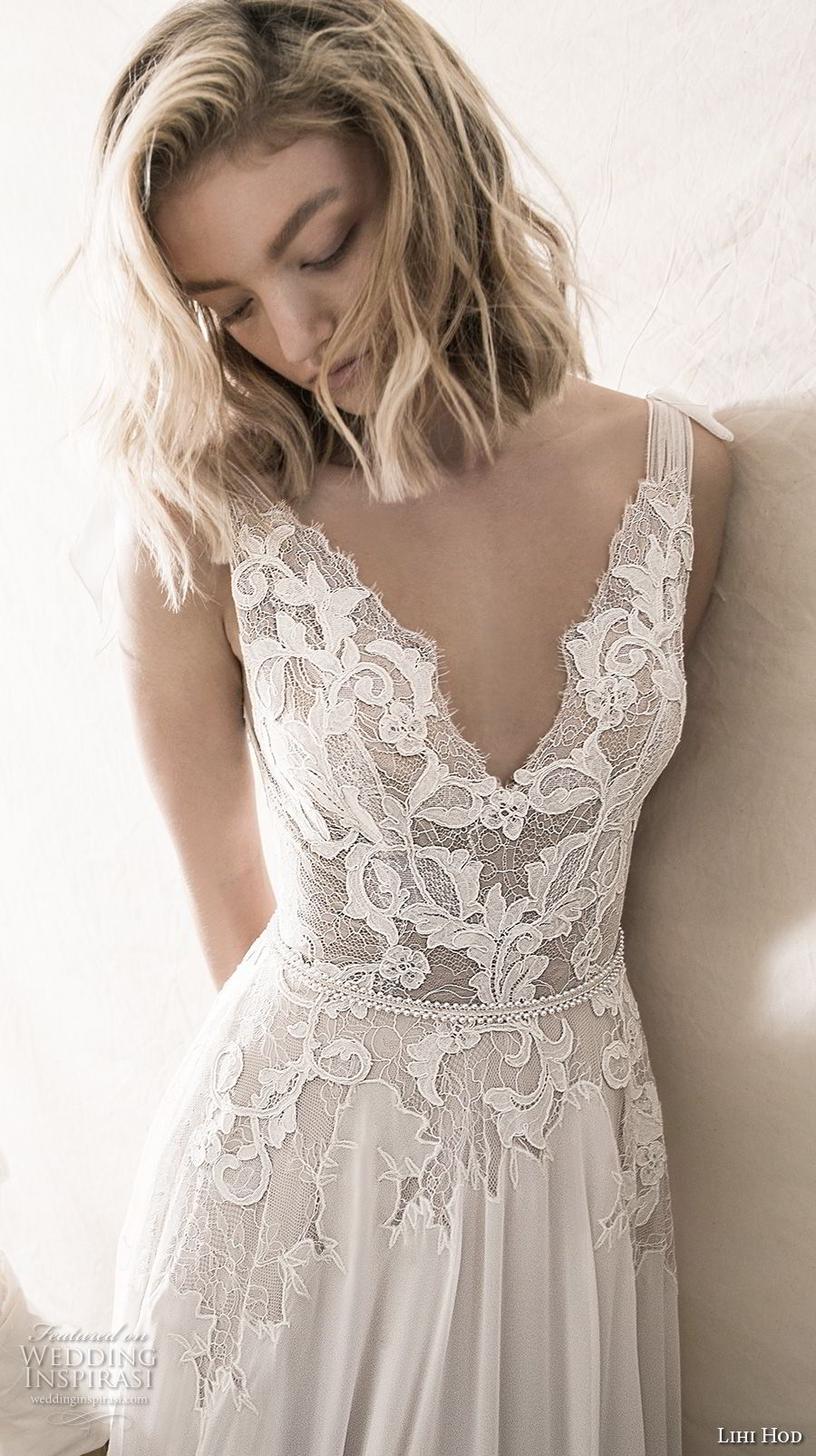 lihi hod 2018 bridal sleeveless v neck heavily embellished bodice romantic soft a line wedding dress open v back sweep train (4) zv