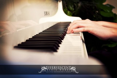 Live piano music for LDS weddings