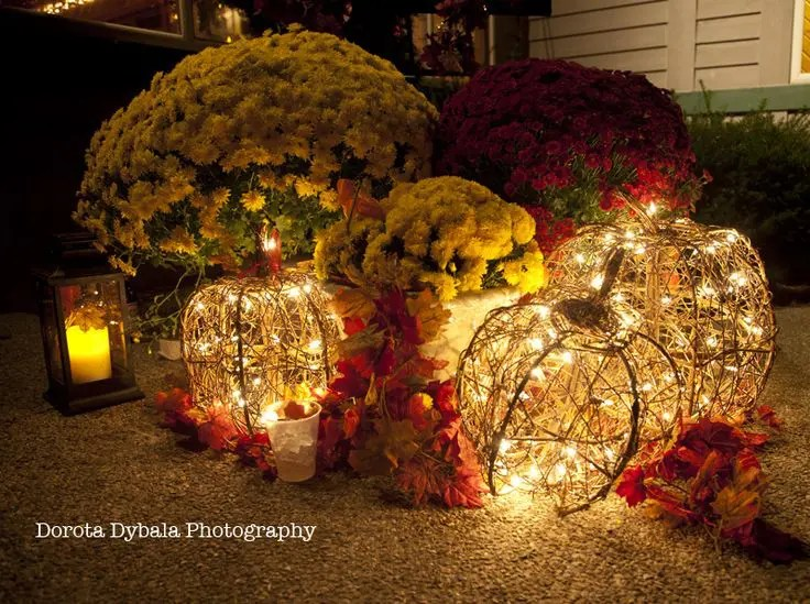 Outside Fall Decorating Ideas Pictures Things Happen In The Fall