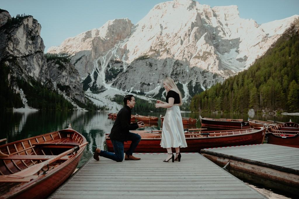 Überraschungs Hochzeitantrag Pragser Wildsee - Heiratsanträge in den Dolomiten