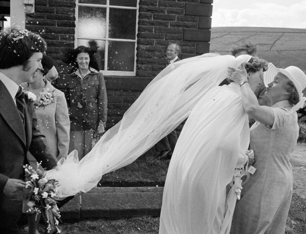 West Yorkshire. Calderdale. Hebden Bridge. Wedding at Crimsworth Dean Methodist Chapel. 1977. © Martin Parr / Magnum Photos