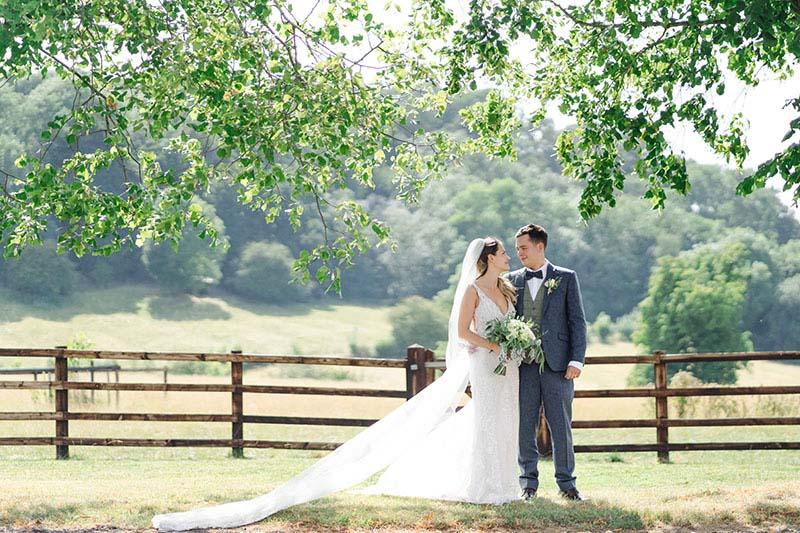 rustic barn wedding venue in oxfordshire primrose hill farm