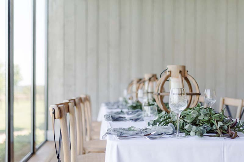 rustic barn wedding venue in oxfordshire primrose hill farm
