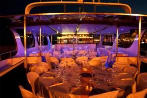 Lovely-yacht-Wedding-interior