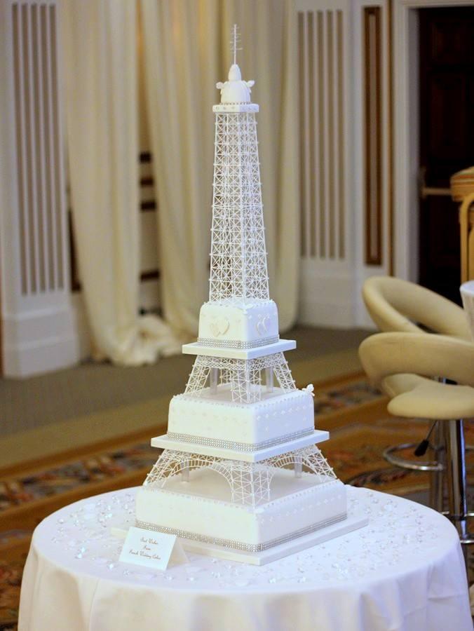 30 WOW Wedding Cakes For 2015 Weddingsonline