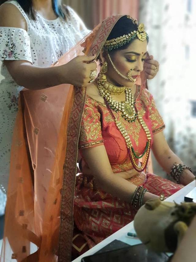 bridal makeup by Charmi Maru Mumbai
