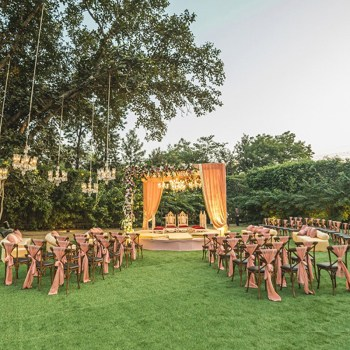 7 Top Delhi Venues for a  Fancy Farmhouse Wedding