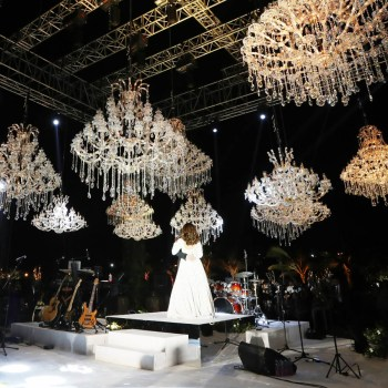 This magical Muscat wedding by Mosaic Events featured dazzling dancing chandeliers