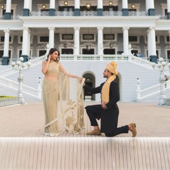 Magical Proposals at the Taj