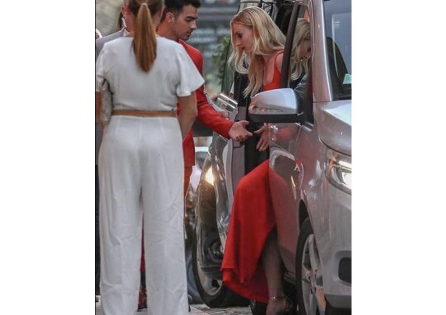 Sophie Turner and Joe Jonas, France