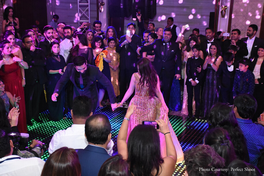 Elegant natural accents and an infinity dance floor were highlights of this lively sangeet